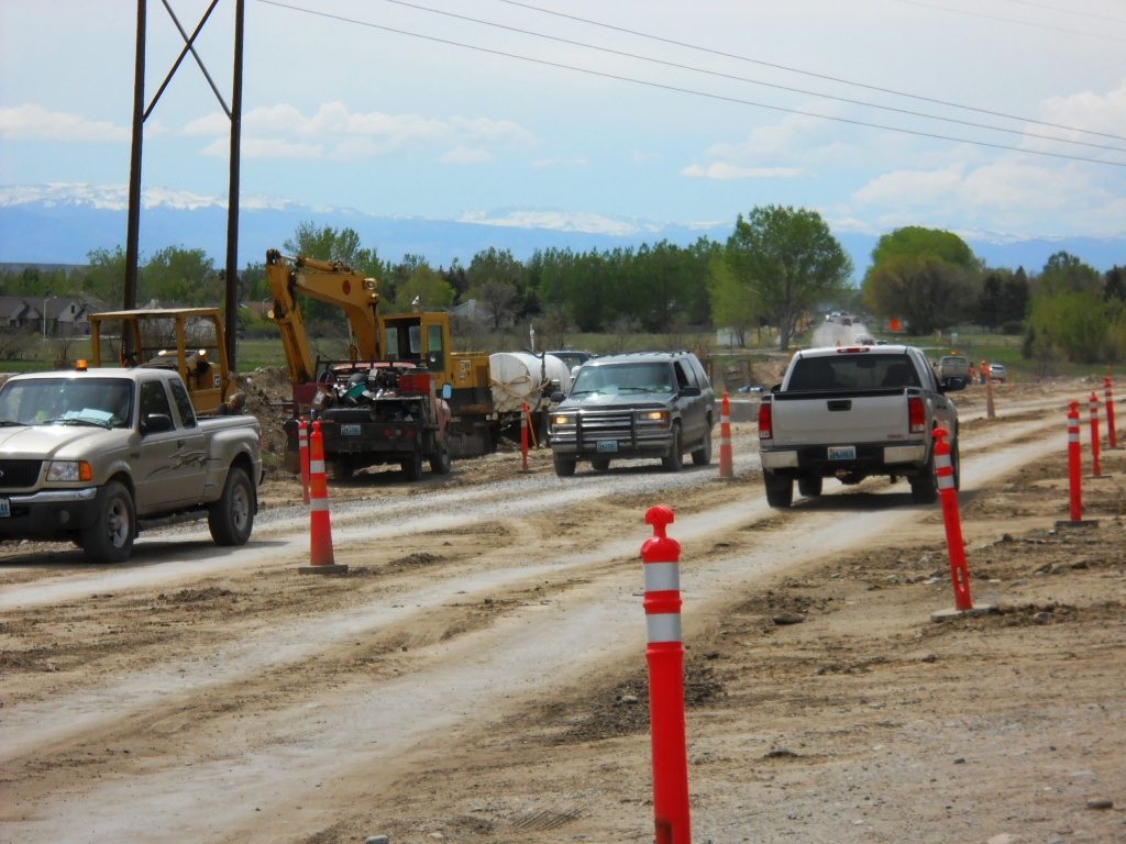 Workers are nearing completion of a new natural gas line along Riverview Road. (WYDOT)