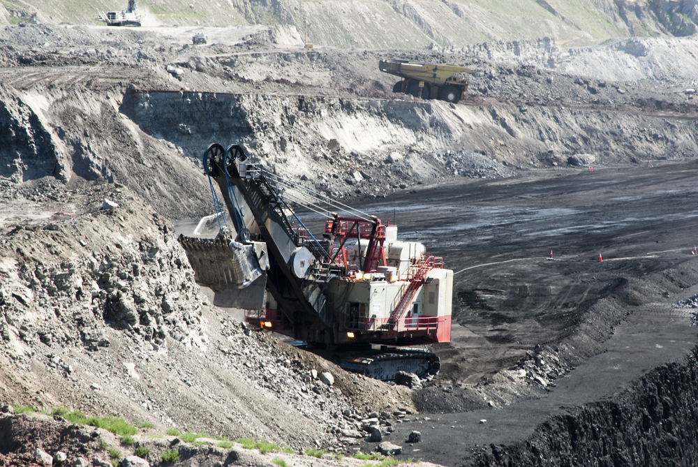 Coal mining operation in Wyoming.  Image by Jim Parkin/shutterstock.com