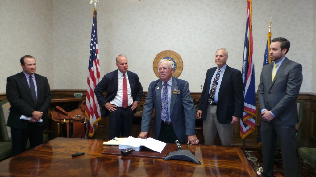 Jerimiah Rieman - Energy and Natural Resources Policy Director, Governor Mead, Commissioner Thompson, Wyoming BLM Director Don Simpson, US BLM Director Neil Kornze at this morning's signing. Photo provided by Renny MacKay.