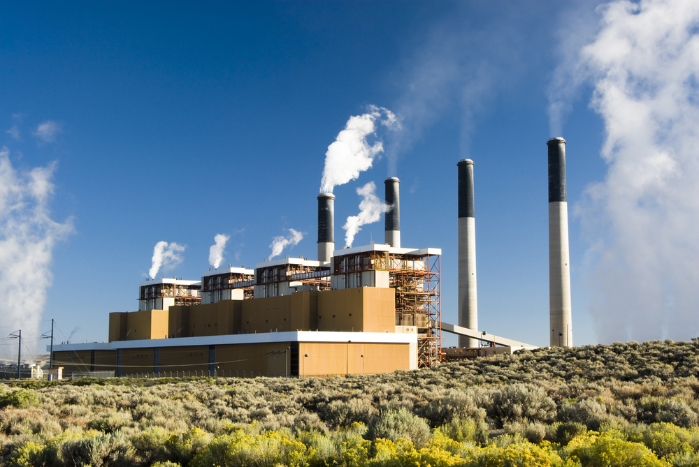 Coal fired power plant. (Jim Parkin/Shutter Stock)