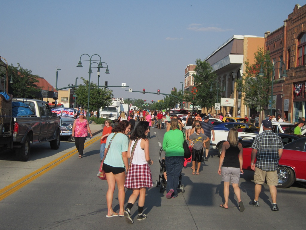 There was a big crowd on hand for the Friday Night Cruise, but only one incident of note, according to the Riverton Police Department. (Ernie Over photo)