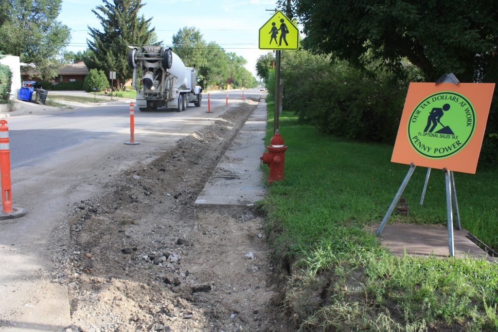Curb and gutter replacement underway on North 8th West in Riverton. (Ernie Over photo)