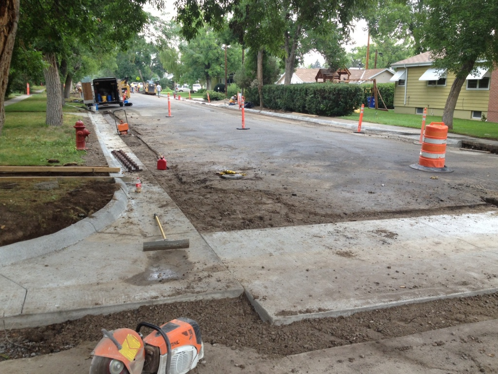 The valley pan, curb and gutter was replaced at North 1st and East Park this week. (Ernie Over photo)