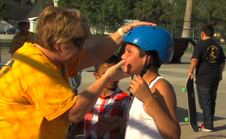 Injury Prevention Resources gave out free helmets to all the skaters.