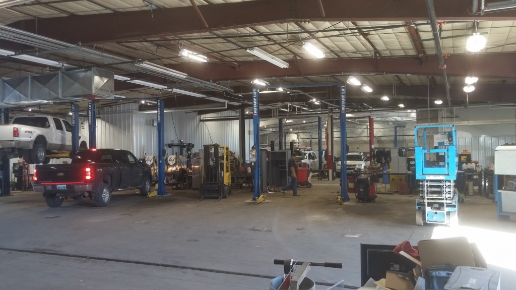 A Look Inside The Nation S Newest Gm Dealership In